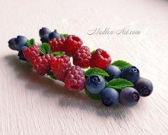 Авторские Свадебные украшения с ягодами, ягодные заколки, украшения с малиной, украшения с черникой /  Copyright Wedding jewelry with berries, berry hairpins, jewelry with raspberries, jewelry with blueberries